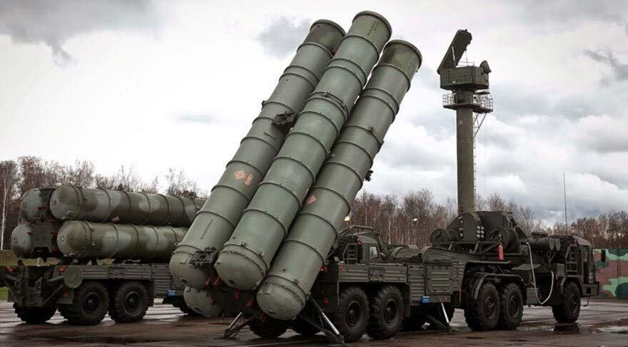 Moska i dorëzon Ankarasë pjesën e parë të raketave ruse S-400