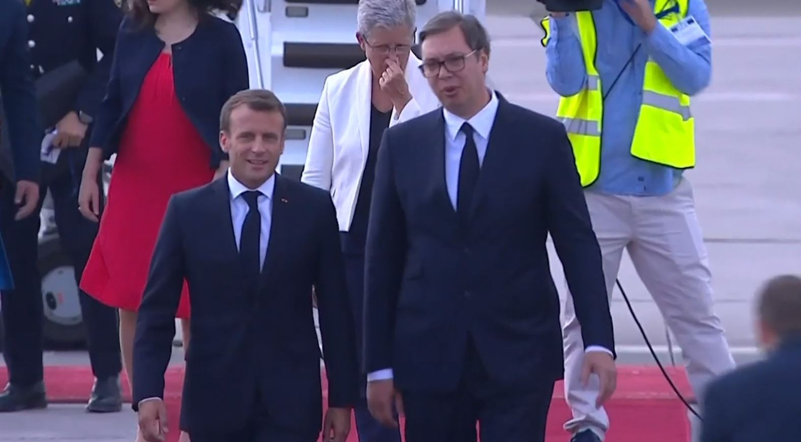 Macron në Beograd: Kosova, shtet evropian