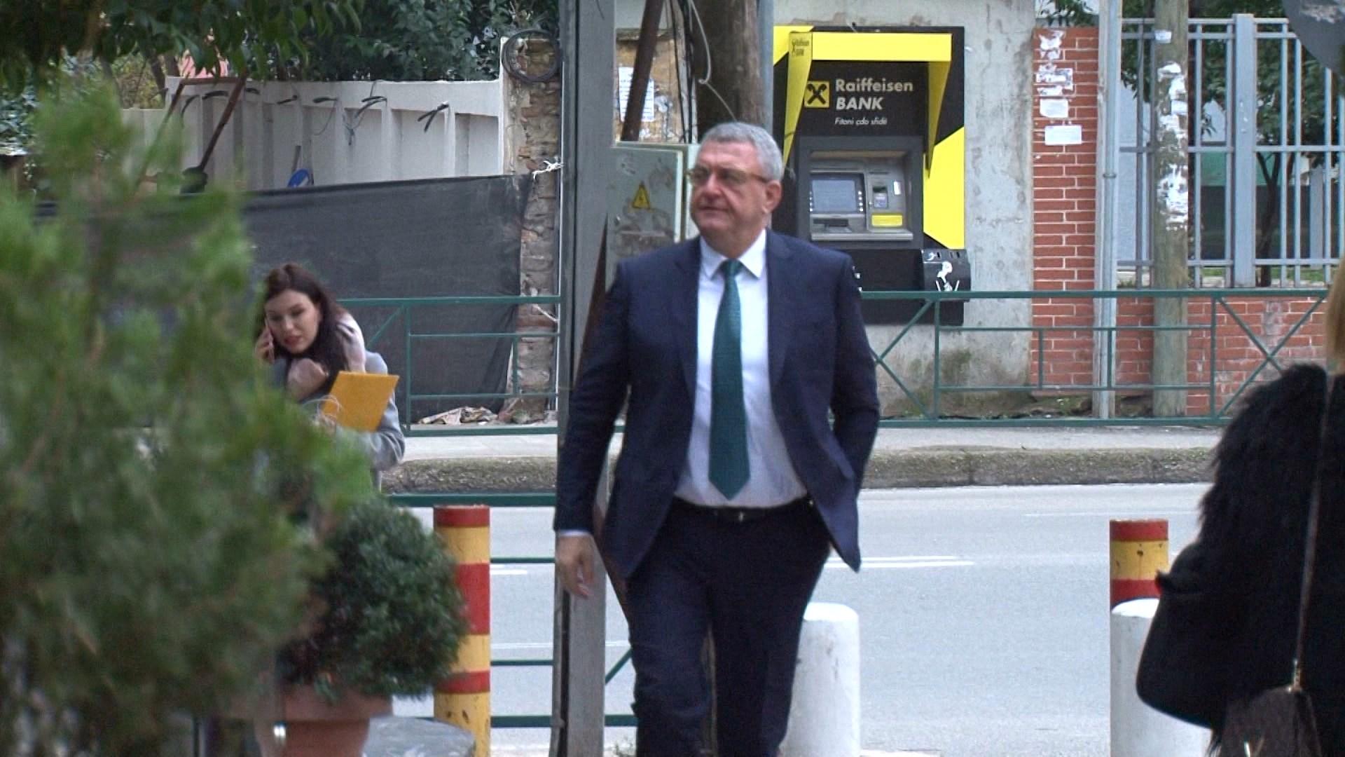 FSHF për përjashtimin e klubeve nga Superliga për borxhet: Ja kush rrezikon