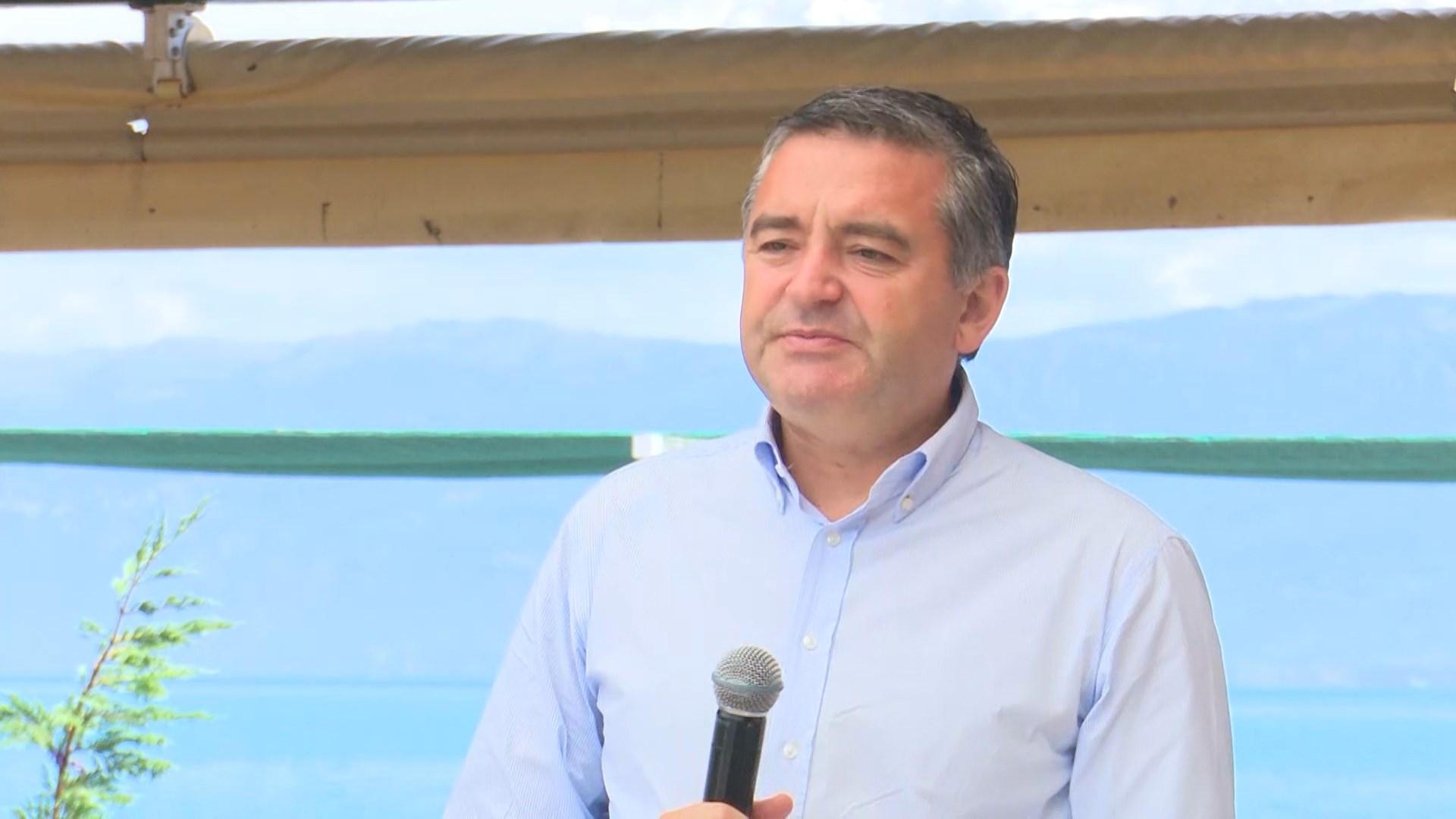 Hapet sezoni turistik në Berat, Klosi: Lumenjtë s'janë kosha plehrash, të dënohet çdo paligjshmëri