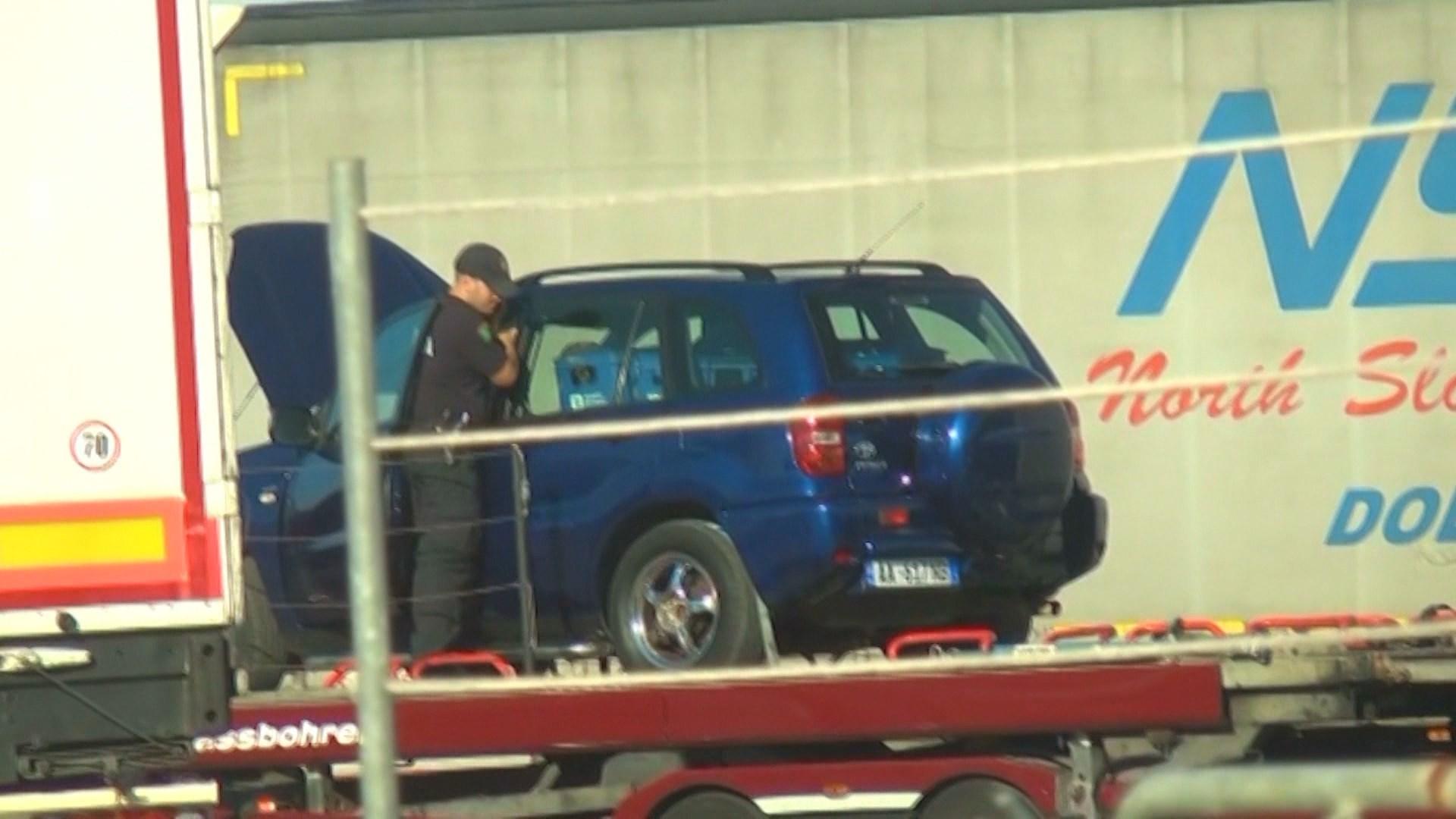 """Operacioni """"Bizark"""", Policia sekuestron 72 000 euro dhe prona në gjirin e Lalzit"""
