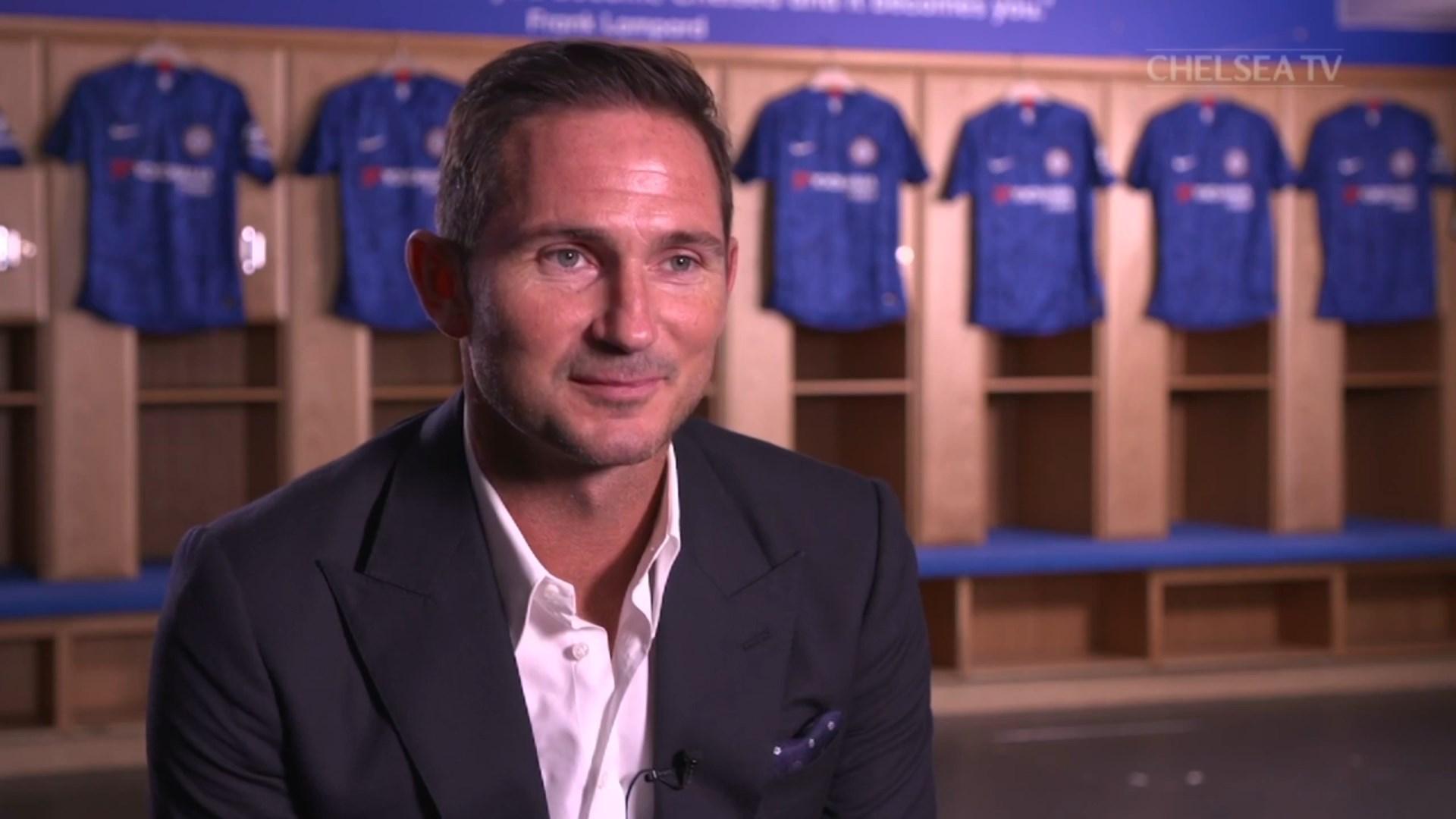 Lampard u prezantua si trajneri i ri i Çelsit