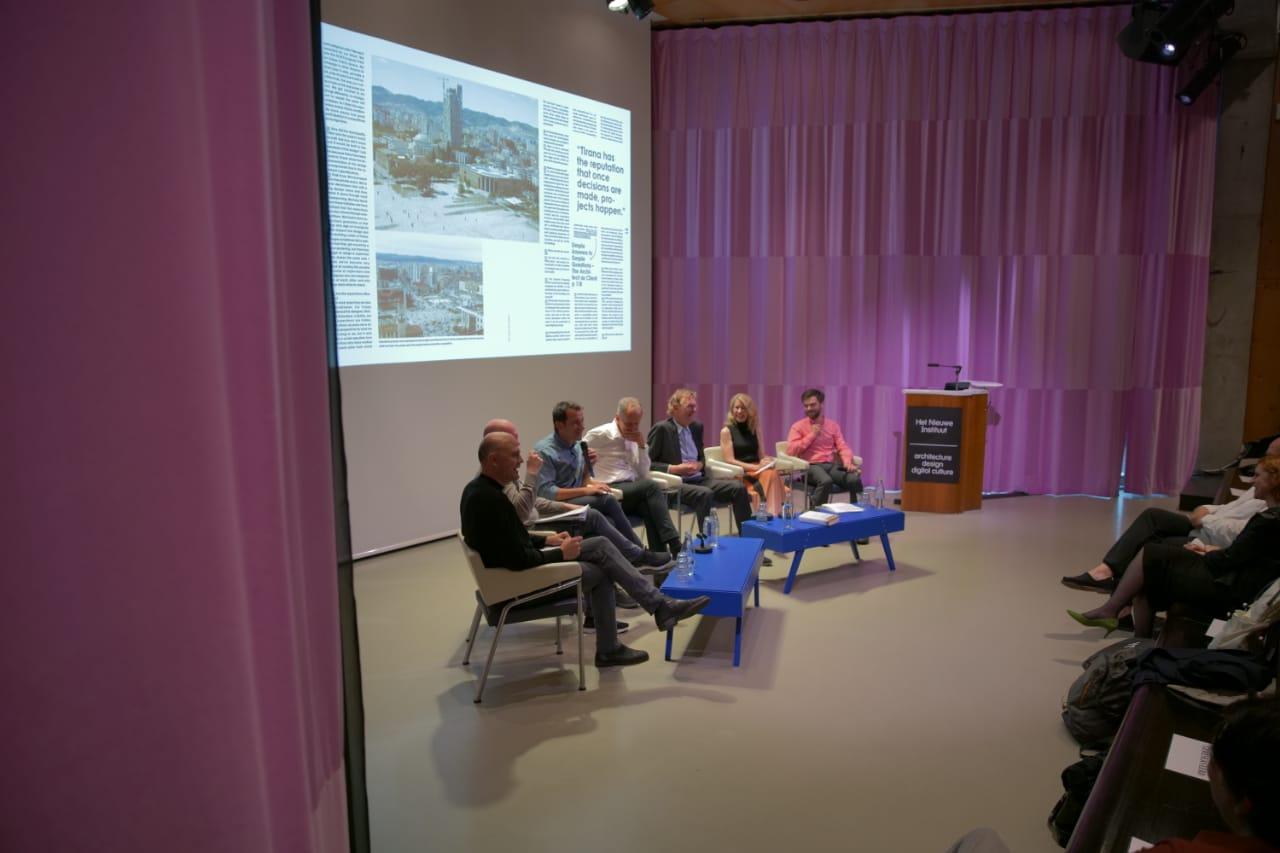 Transformimi i Tiranës në 4 vite vlerësohet në Holandë