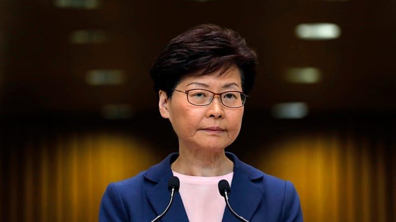 """Guvernatorja e Hong Kong: Ligji për ekstradimin në Kinë është """"i vdekur"""""""