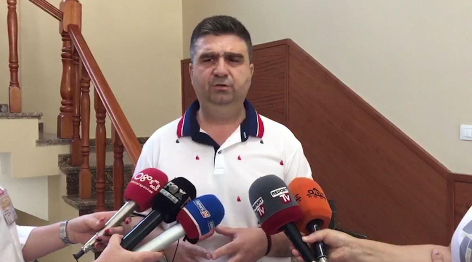 Fier, Armando Subashi: Pati shumë demokratë që donin të më jepnin votën