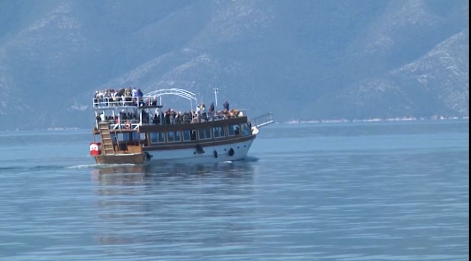 Rreziku në anije, kapiteneria e portit të Vlorës operacion për kushtet e sigurisë
