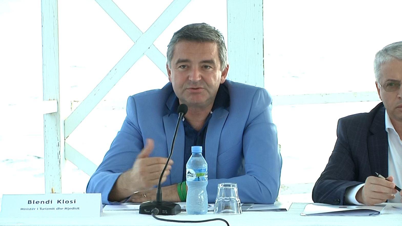 Sezoni turistik, ministrat mbledhin Task Forcën e Turizmit në Vlorë