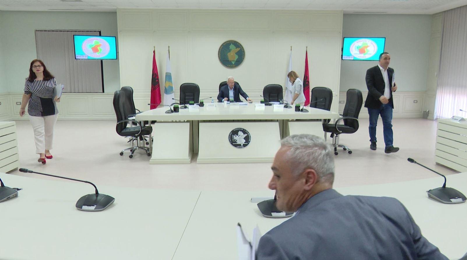 KQZ nuk merr vendim për shpërndarje të mandateve të këshillave bashkiake