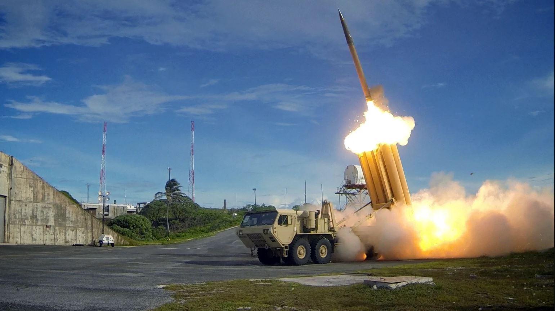 Koreja e Veriut hedh 2 raketa, alarmohet perëndimi