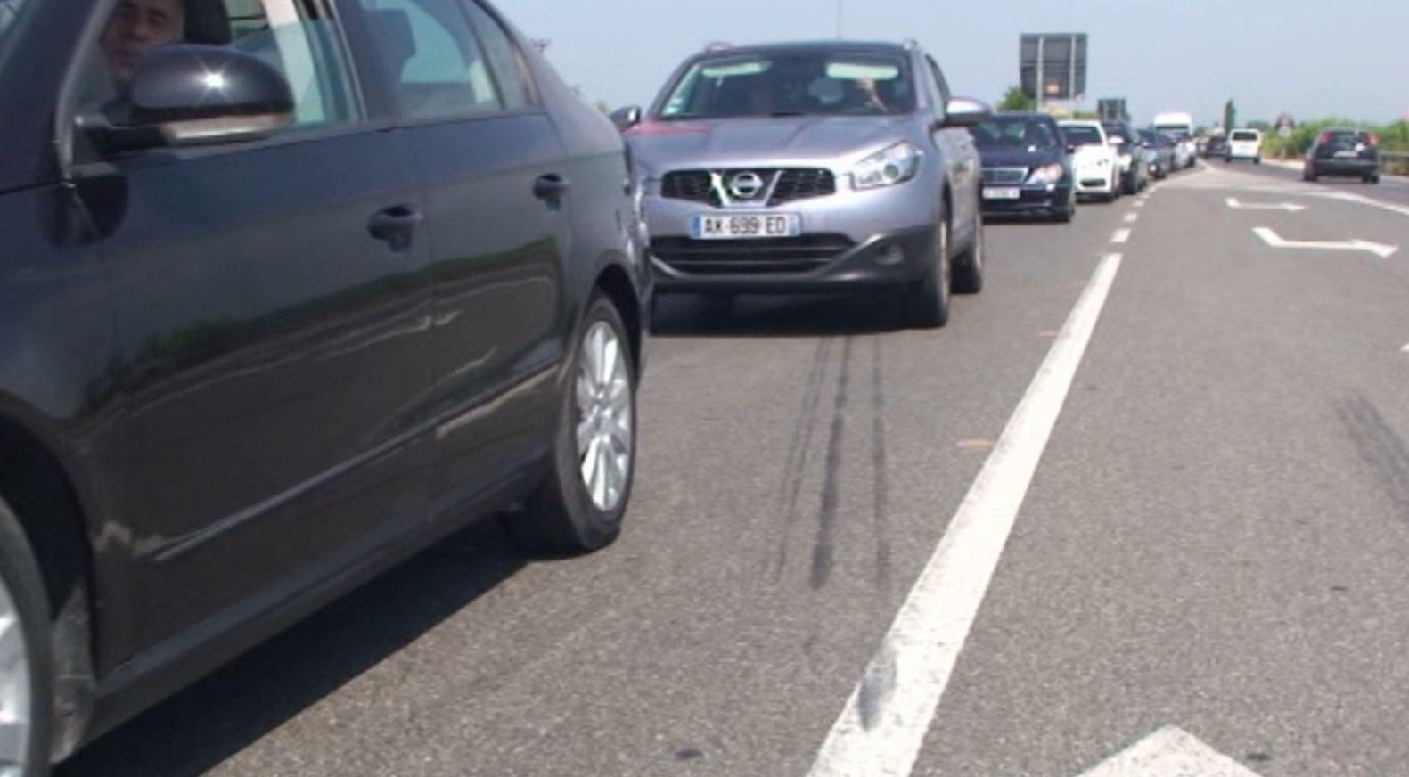Trafik i madh në rrugën Fushë Krujë – Thumanë