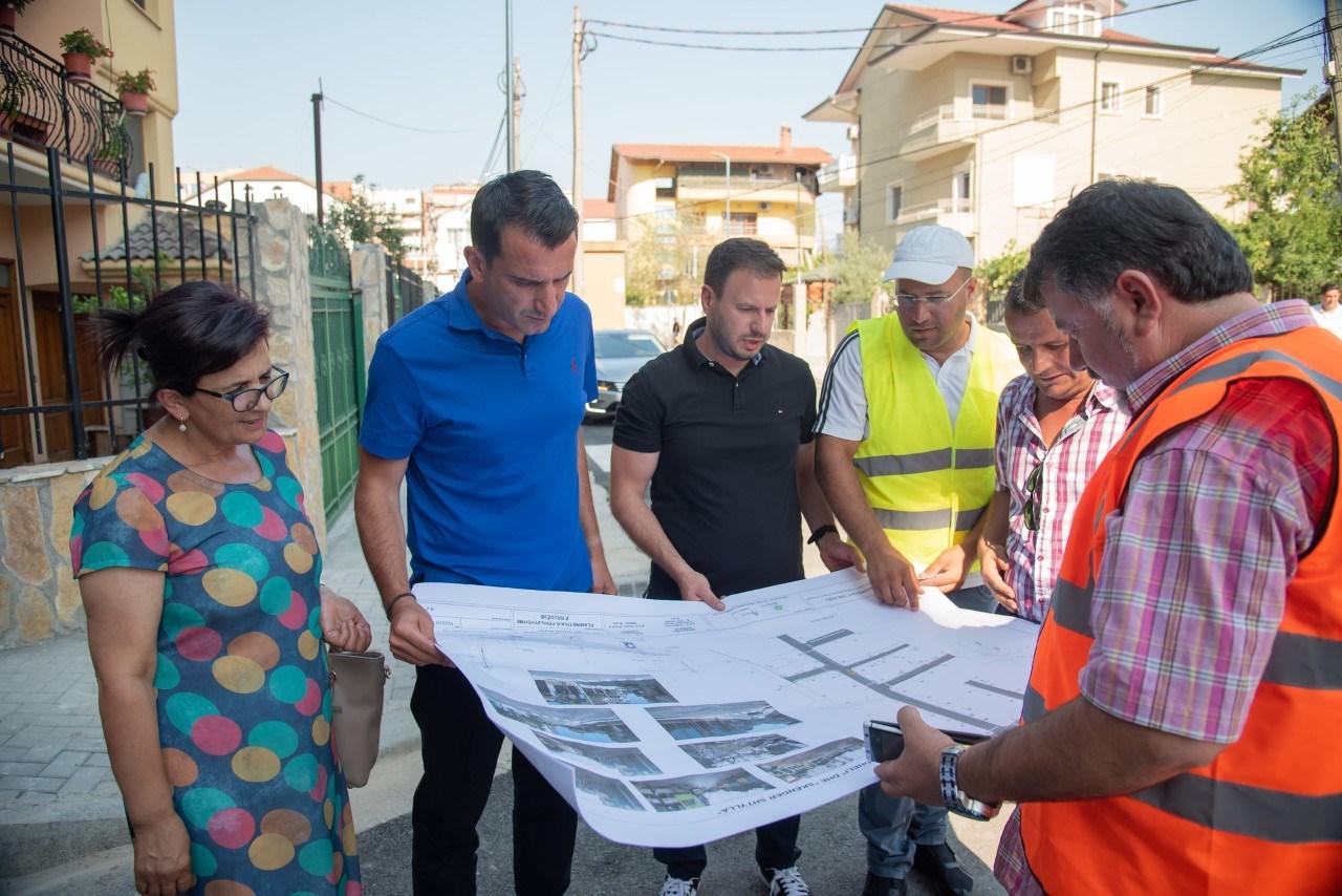 """Transformohet blloku i banimit në rrugën """"Kel Kodheli"""" në Tiranë"""