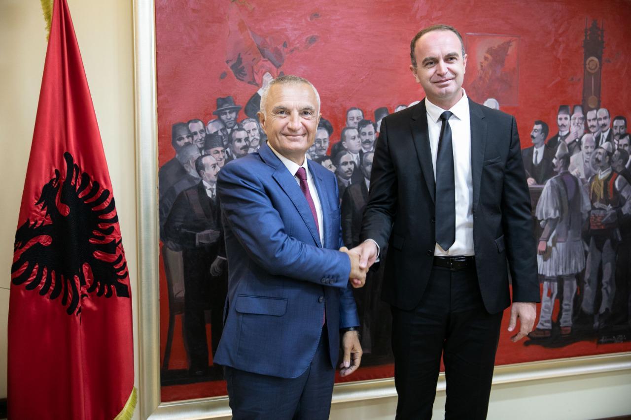 Meta takohet me kryetarin e Komunës së Tuzit