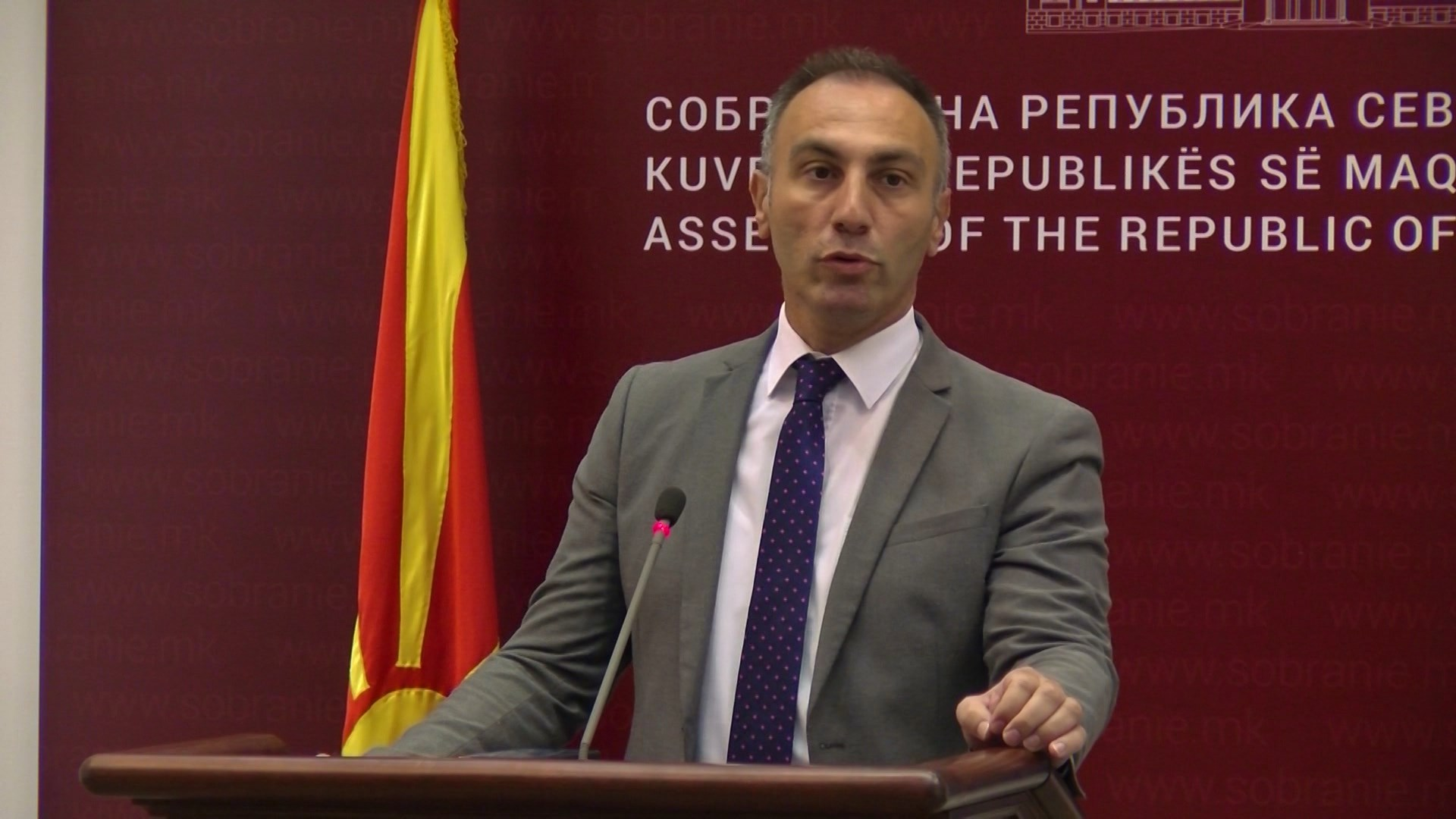 Partitë shqiptare në RMV paralajmërojnë dorëzimin e amendamenteve për gjuhën