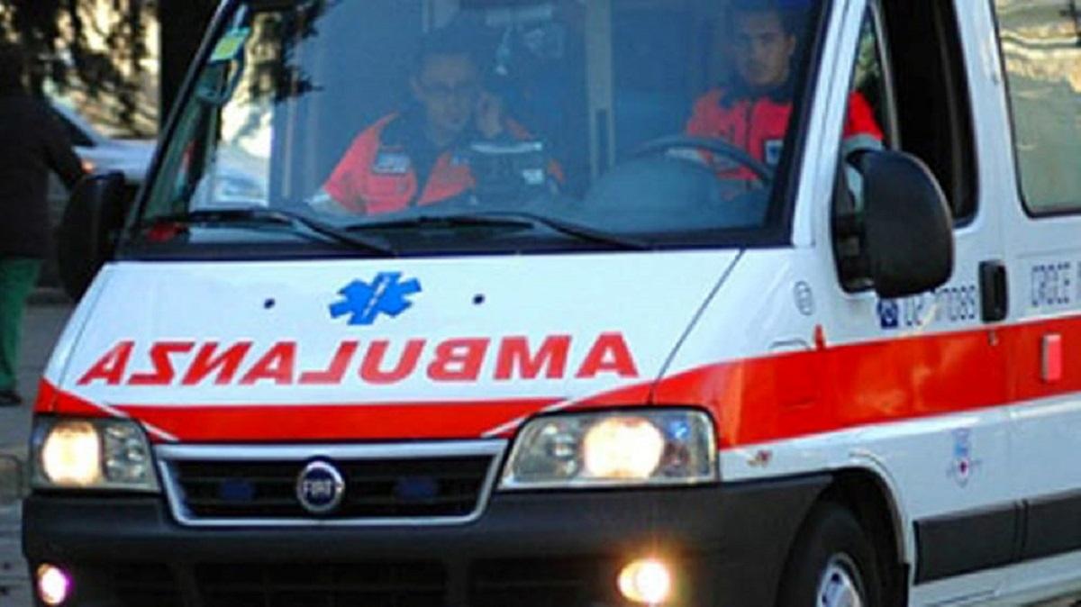 ambulanza-11.jpg