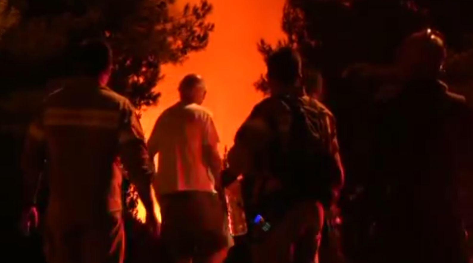 Greqi, zjarr në Athinë, frikë në kryeqytet