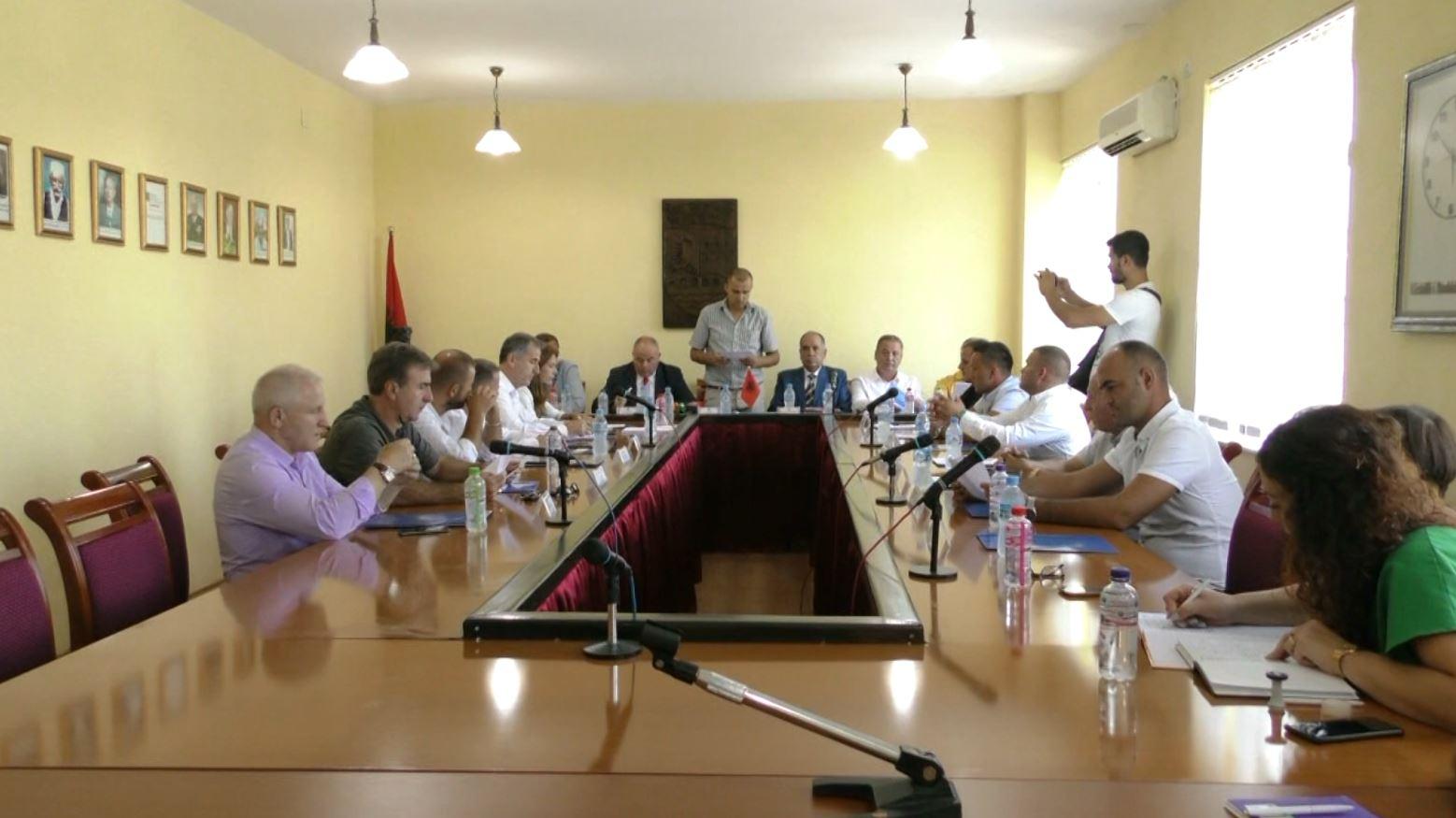 Konstituohet Këshilli i ri i Qarkut Kukës, pushteti vendor në duart e socialistëve