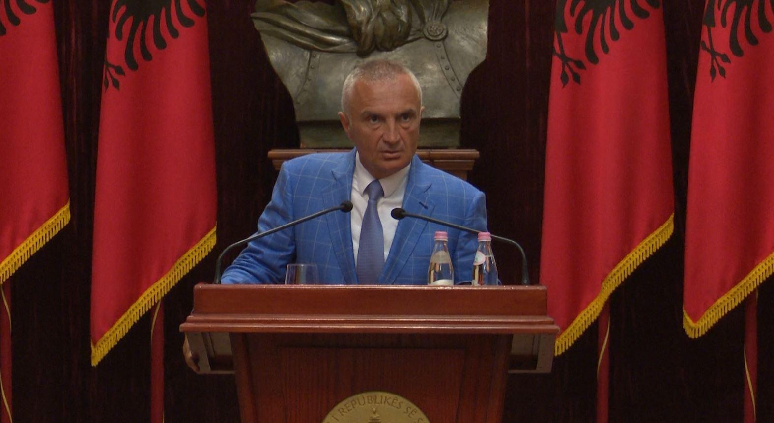 """""""Stina e rrëzimit të Metës"""", socialistët planifikojnë karton të kuq për 9 dekrete"""