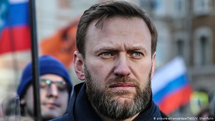 Rusi, kritiku i Kremlinit lë qelinë