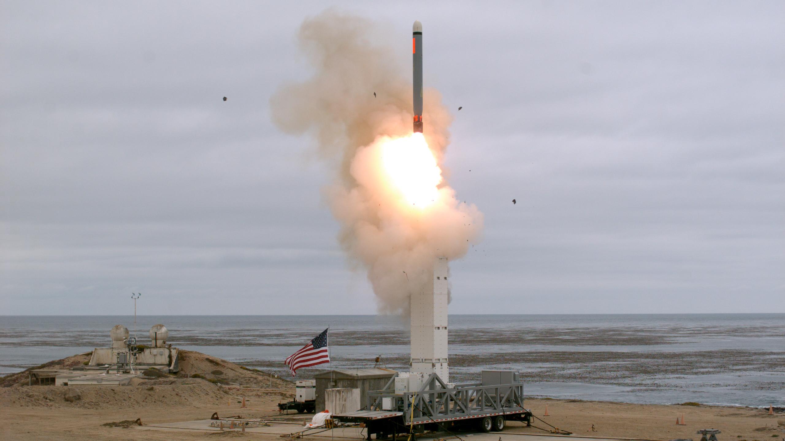 Pentagoni konfirmon testimin e një rakete jo bërthamore