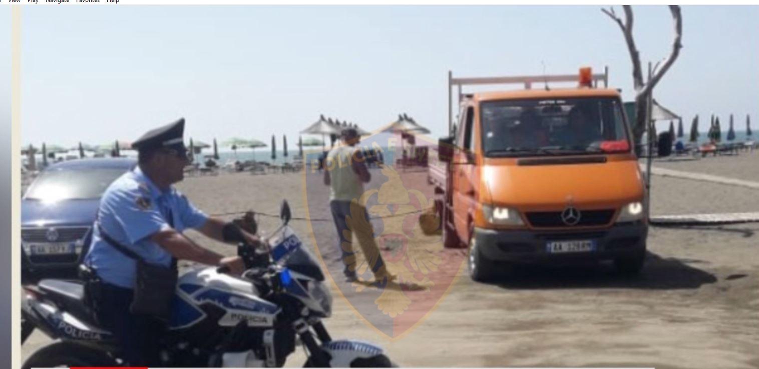 Zaptuan hapësirat publike në plazhe, procedohen 7 shtetas në Durrës dhe 3 në Lezhë