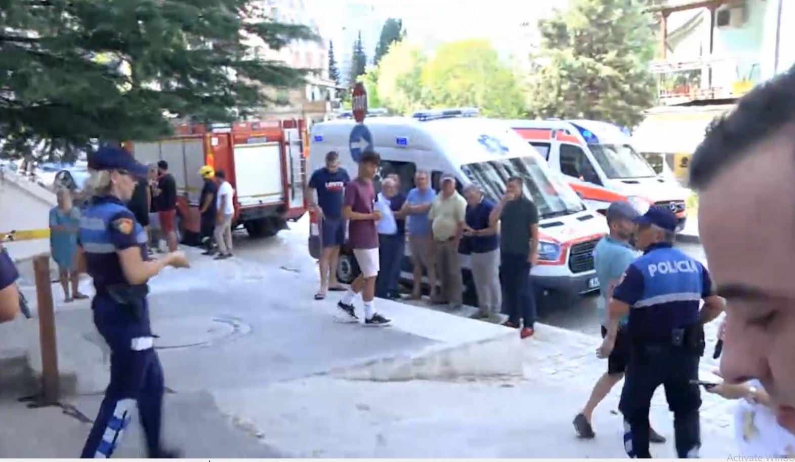 Shembet skela e pallatit; 2 punëtorë të vdekur, 3 të plagosur