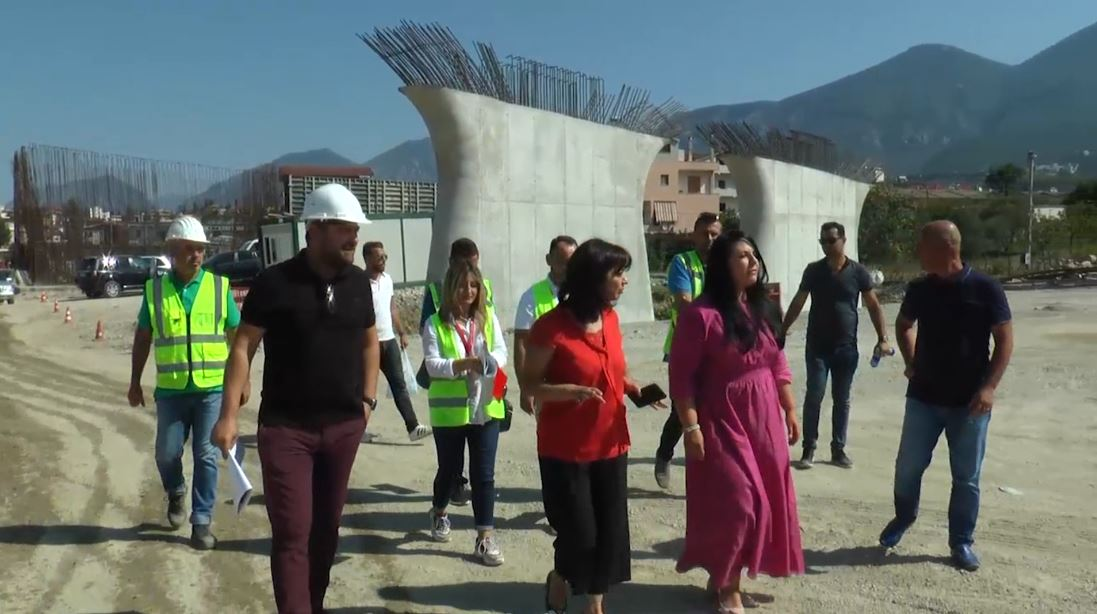 Balluku inspekton punimet për Unazën e Madhe në Tiranë