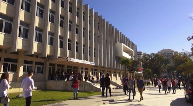 Rritet numri i aplikimeve në Universitetin e Vlorës