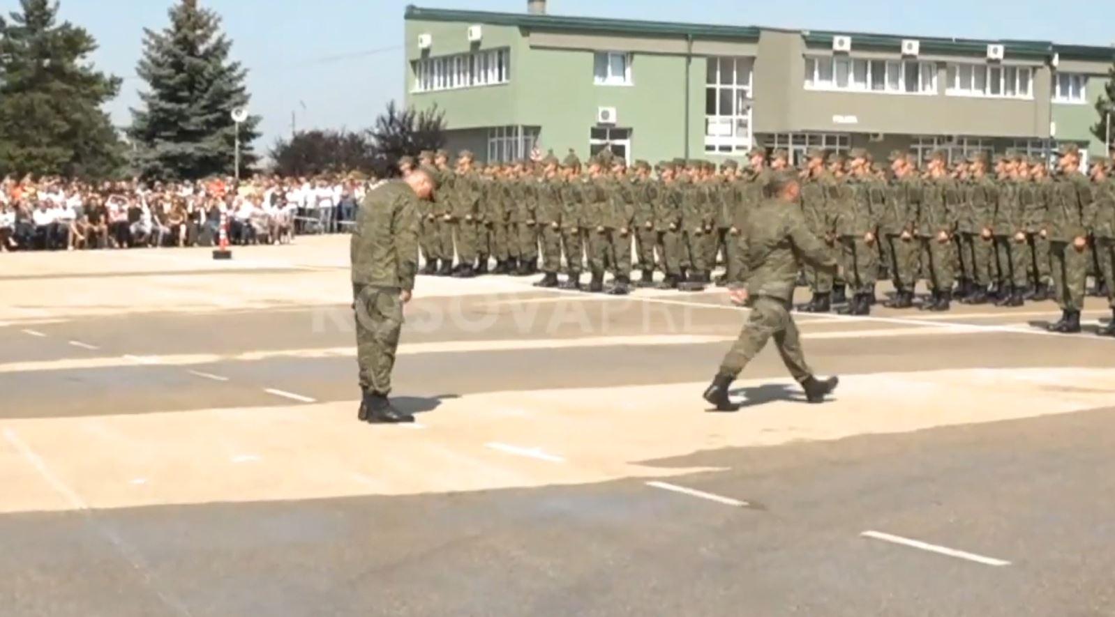 Kosovë, certifikohen rekrutët e rinj të ushtrisë
