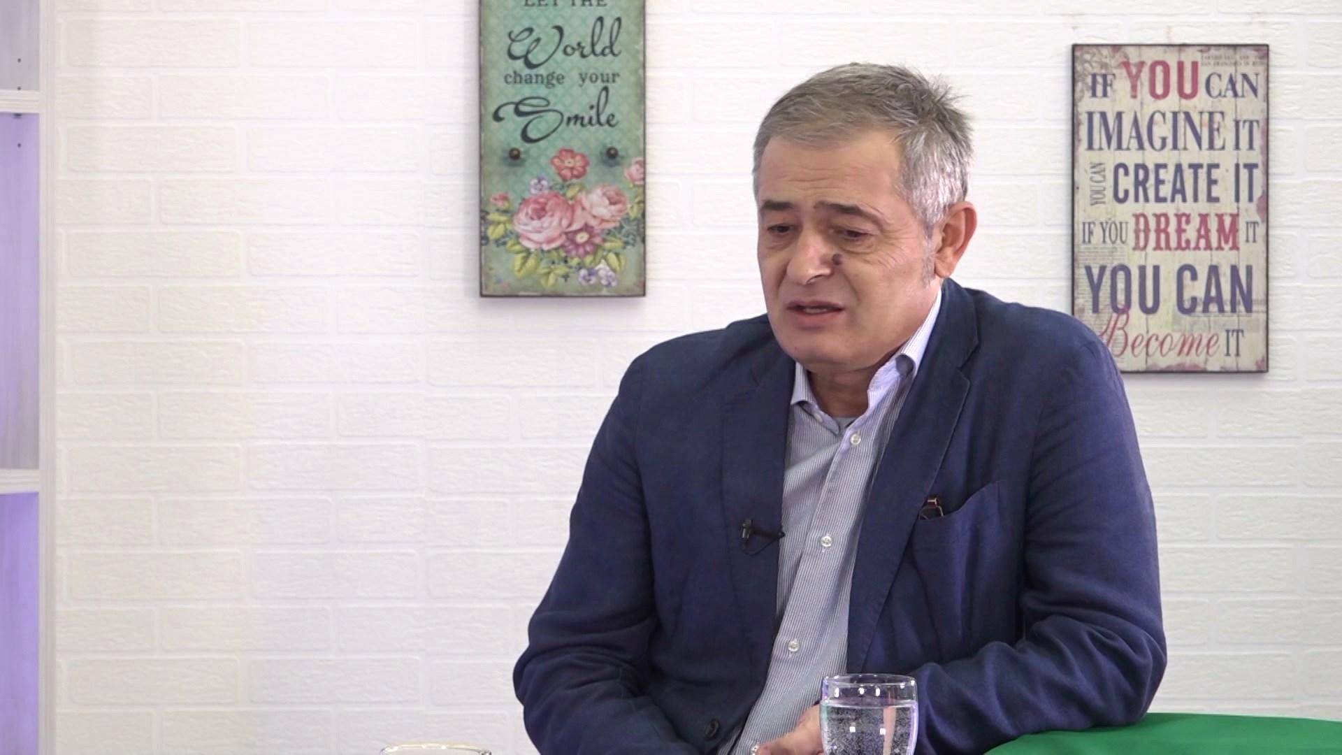Rektori Radevski: Gjuhët janë pasaportë suksesi