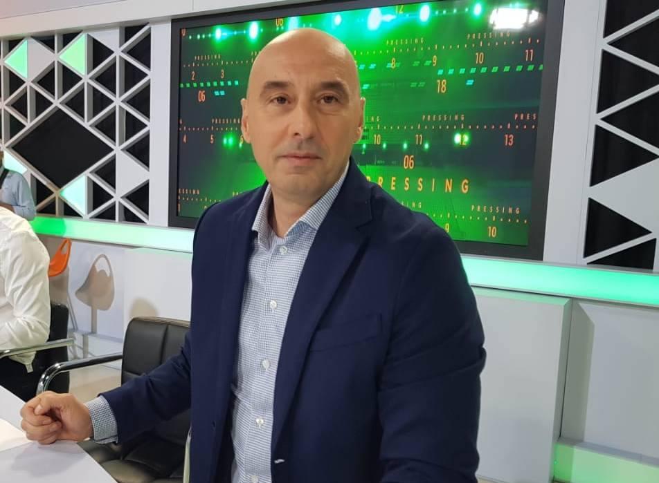 Zyrtare, Ernest Gjoka firmos me Shkëndijën