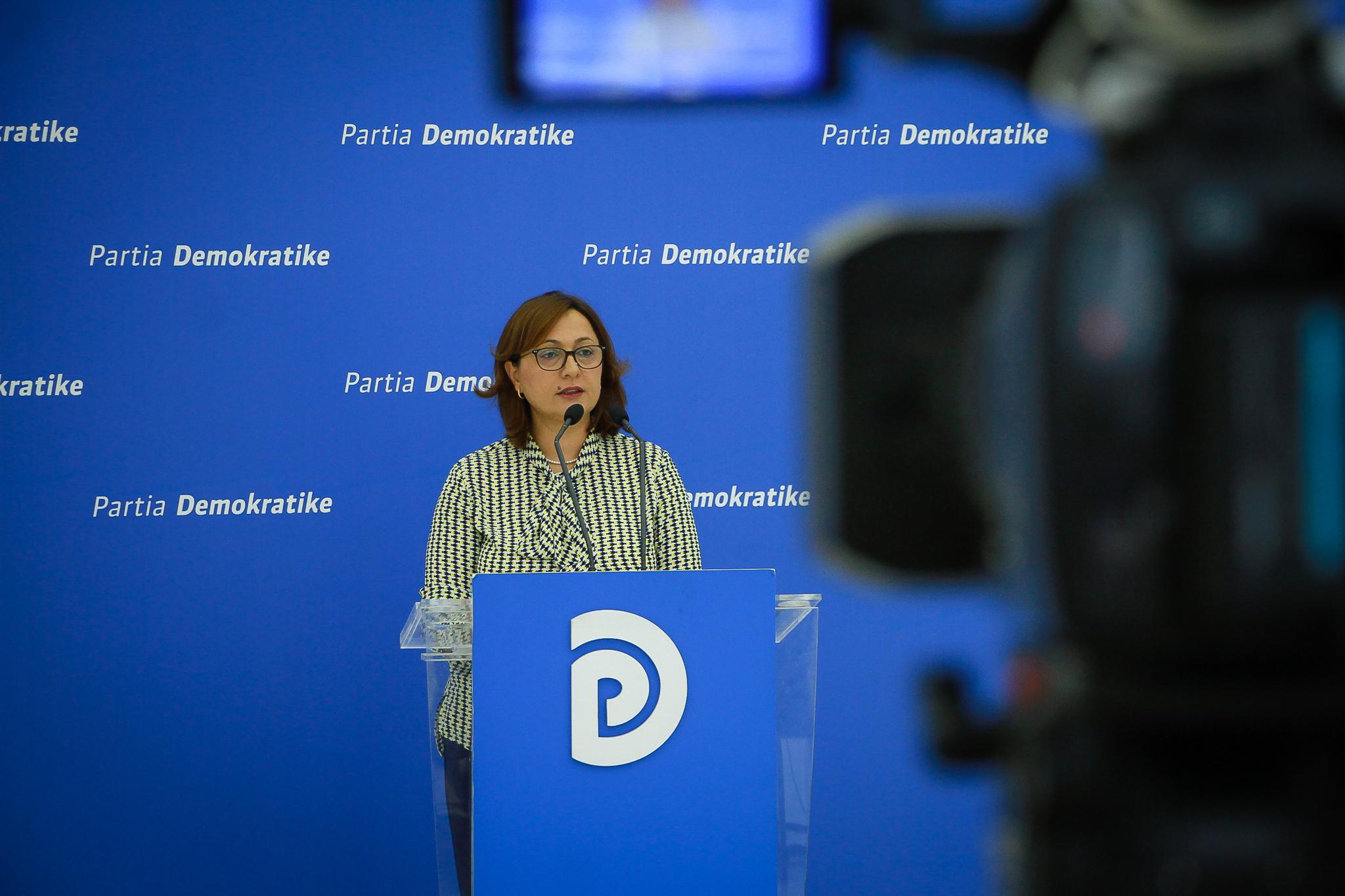 PD reagon për rrëzimin e dekretit për ligjin e qeverisjes vendore