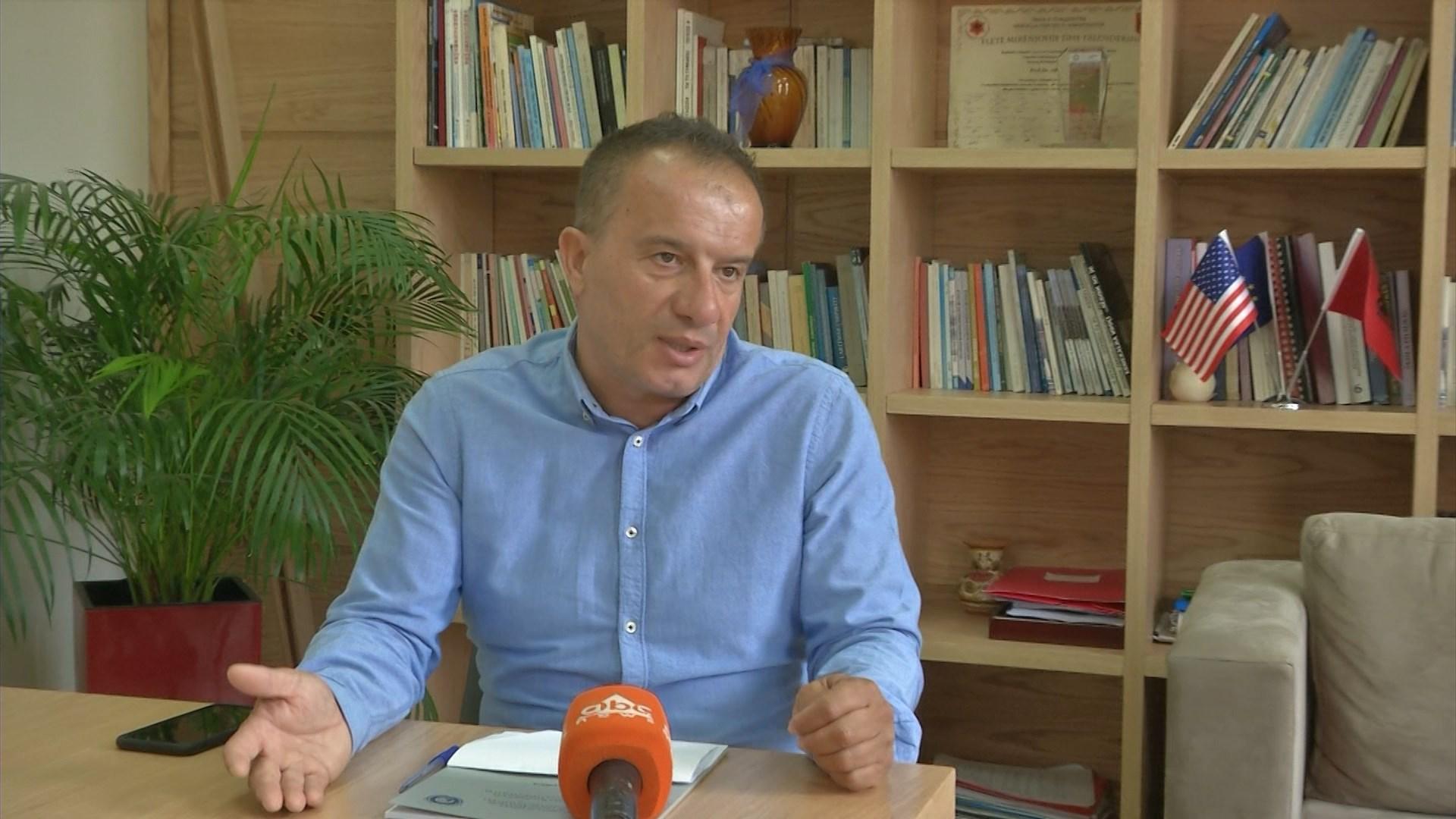 Mesatarja për mësuesinë mbyll disa gjuhë të huaja në Universitetin e Tiranës