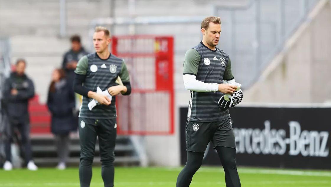"""""""I shihni pritjet që po bën?"""", Kimmich zgjedh midis Neuer dhe Ter Stegen"""
