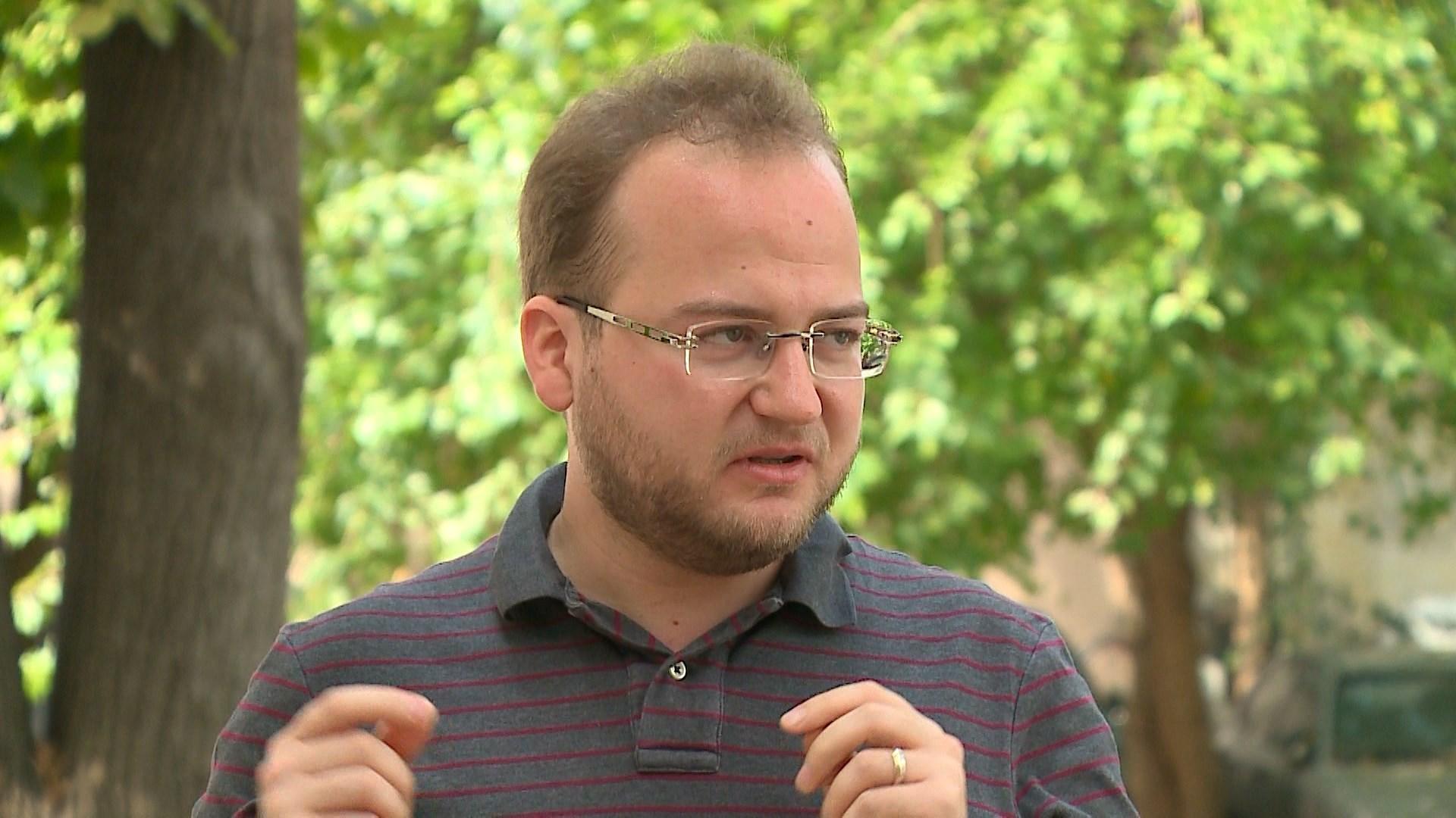 Pianisti Redi Llupa një promotor i muzikës shqiptare në skenat e botës