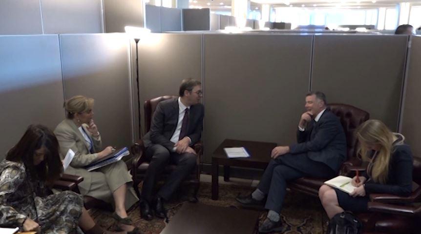 Analistët serbë: Vuçiç në New York me dy misione që lidhen me Kosovën