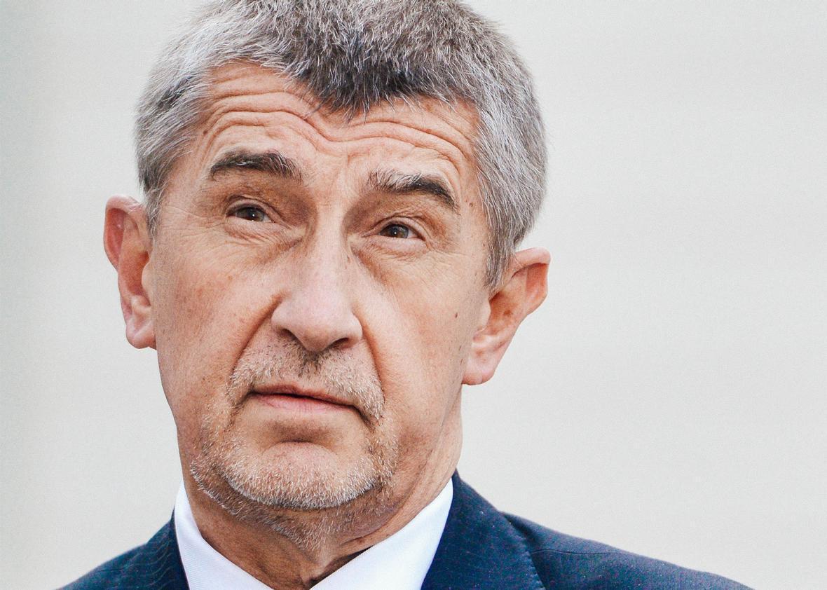 Rrëzohen akuzat ndaj kryeministrit çek