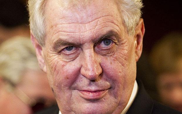 Presidenti i Çekisë: Mund të tërheqim njohjen e Kosovës