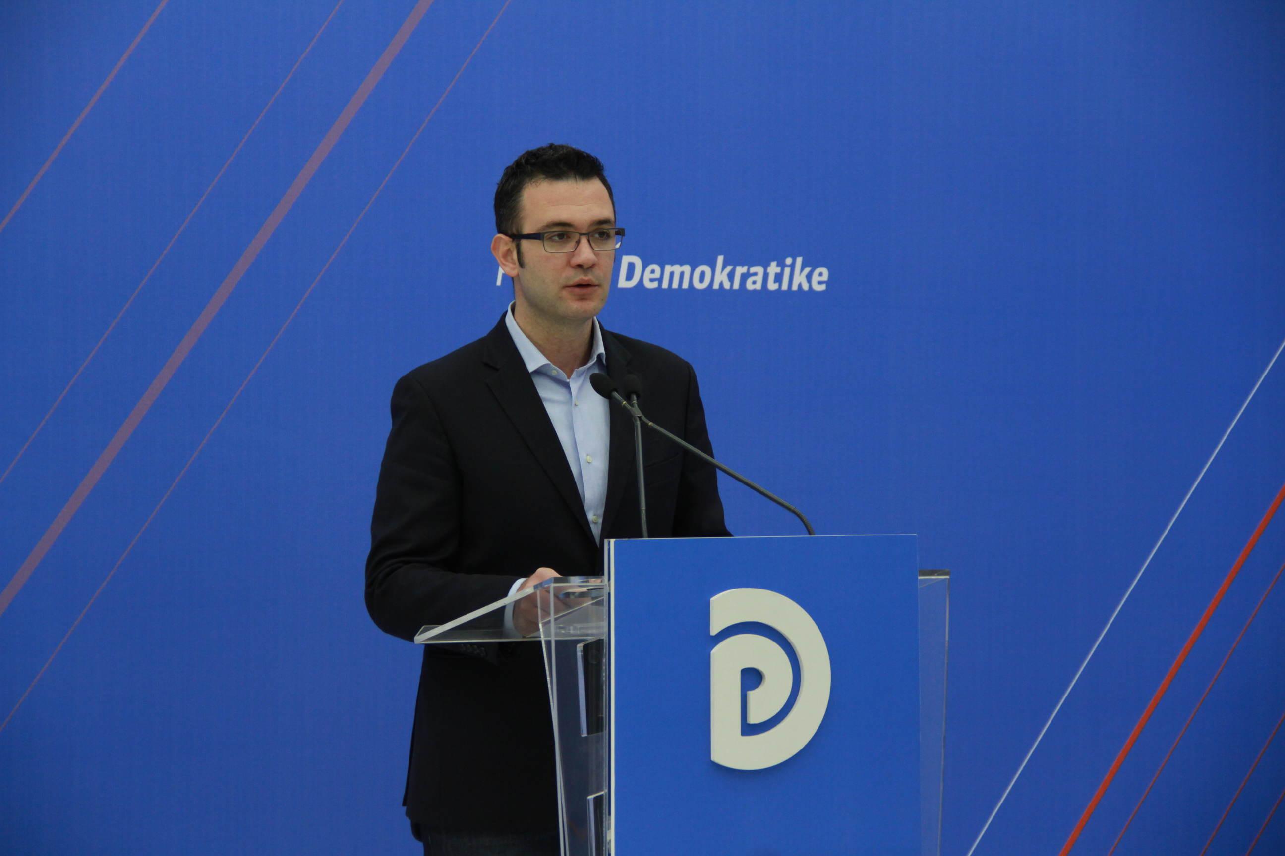 Ish-deputeti Bogdani dorëhiqet si Sekretar për Marrëdhëniet me Jashtë në PD