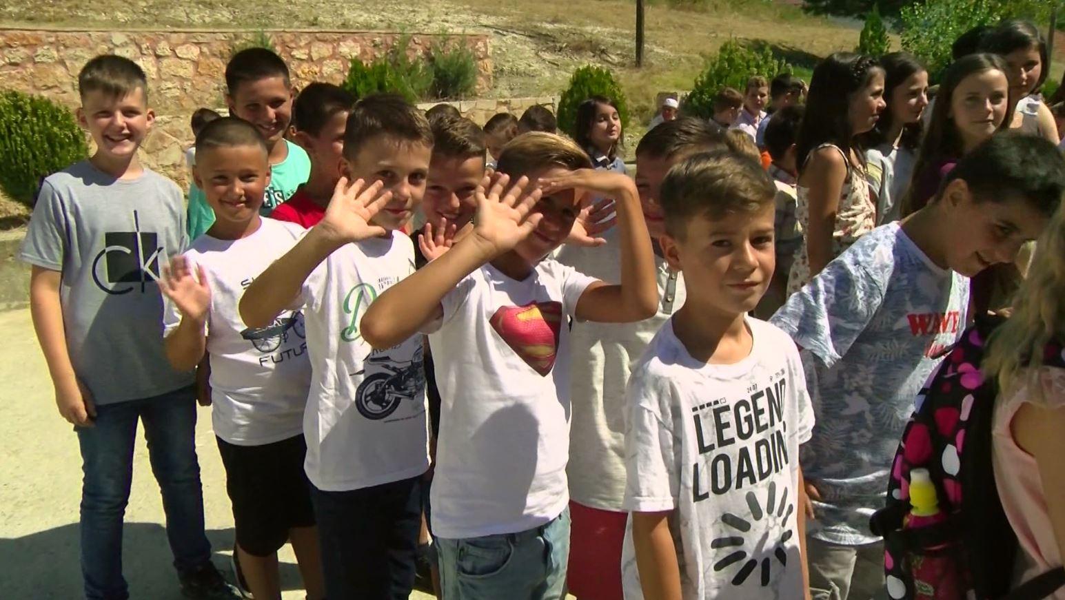 Maqedoni, viti shkollor nis me grevë, mësuesit kërkojnë rritje të pagave