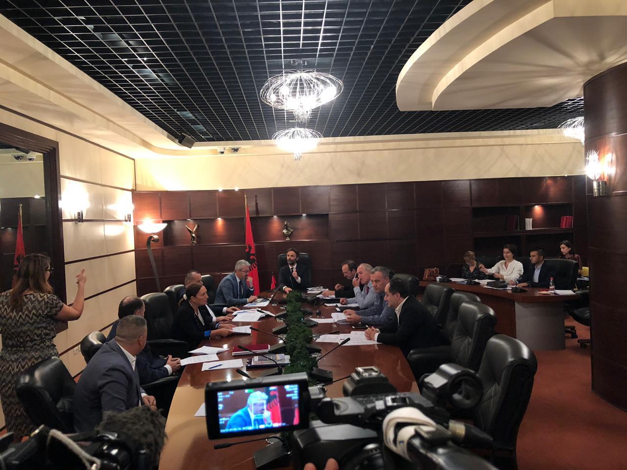 Prokurori i Përgjithshëm, tre kandidatë plotësojnë kushtet për të vazhduar garën