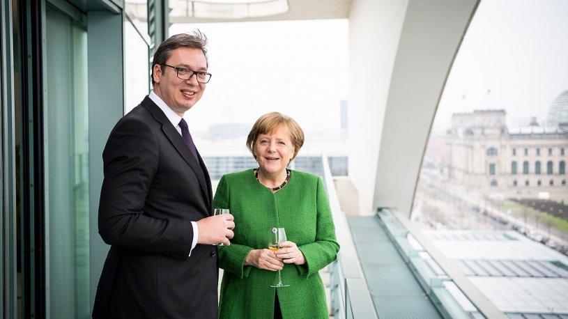 Merkel i kërkon Vuçiçit takim në Amerikë, diskutohet dialogu me Kosovën