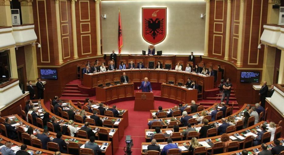 Pas vendimit të Bundestagut/DW: Shenja për dialog, Basha gati të ulet në tryezë me Ramën