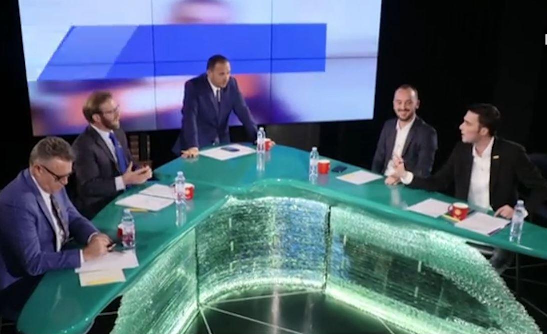 Përplasje fizike mes kandidatëve për deputet në Kosovë