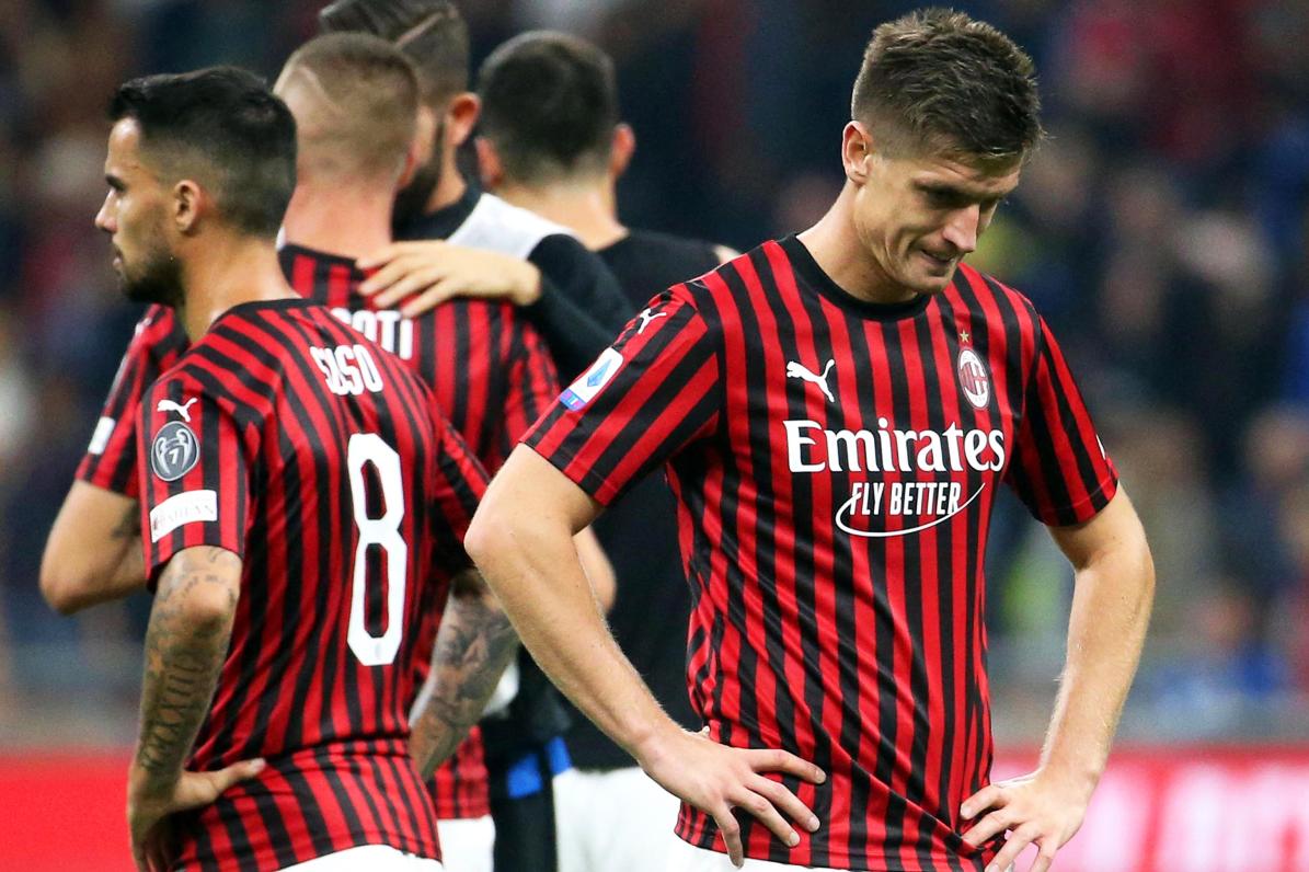 Piatek larg Milanos, katër ekipe nga Premier League në garë për polakun