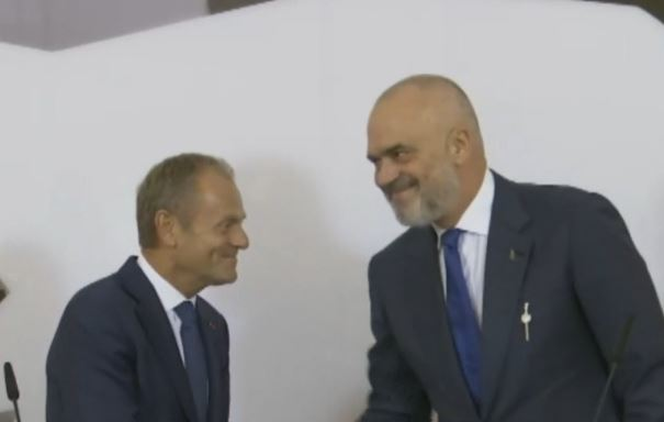 Tusk: Shqipëria më afër BE-së, këtë të mos e dyshojë askush