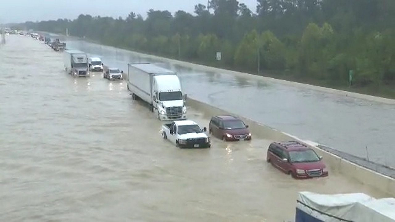 via-CNN-Tropical-Depression-Imelda-flooding-in-Texas_1568952455861.jpg.jpg.jpg_39389837_ver1.0_1280_720-1280x720.jpg
