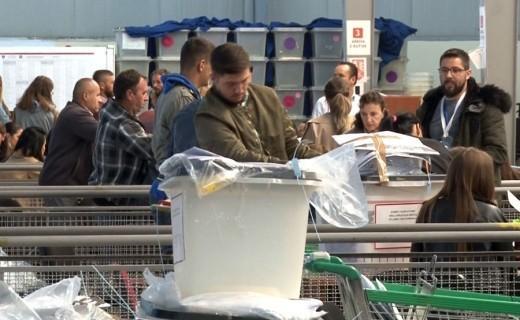 Zarfet e dyshuara me helm nga Serbia do të analizohen nga ekspertë ndërkombëtarë