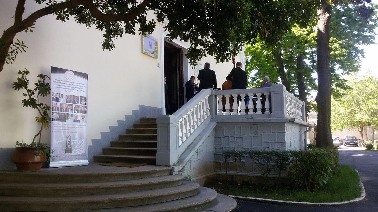 Nobel, indinjohet Akademia e Shkencave të Shqipërisë, letër Akademisë Suedeze