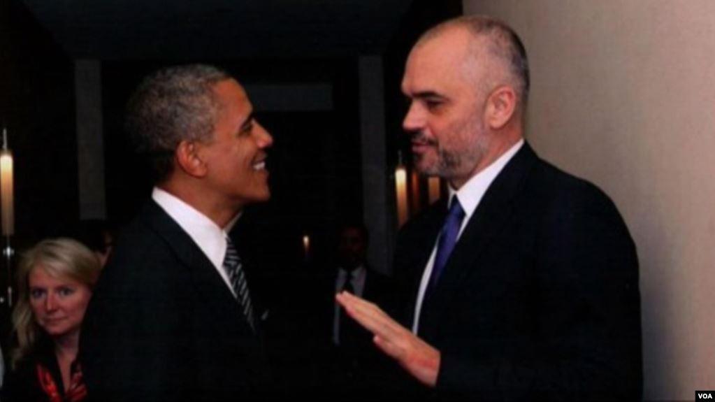 Katër muaj burg shtetasit amerikan për foton Rama – Obama