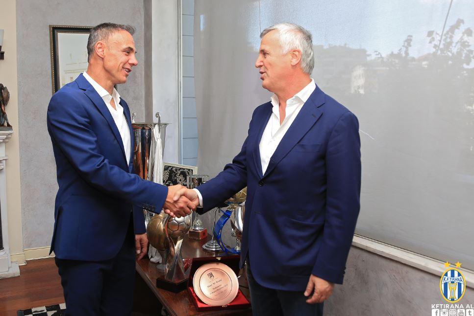 Miliona për Ardian Memën, Tiranës i kushton shkarkimi i trajnerit
